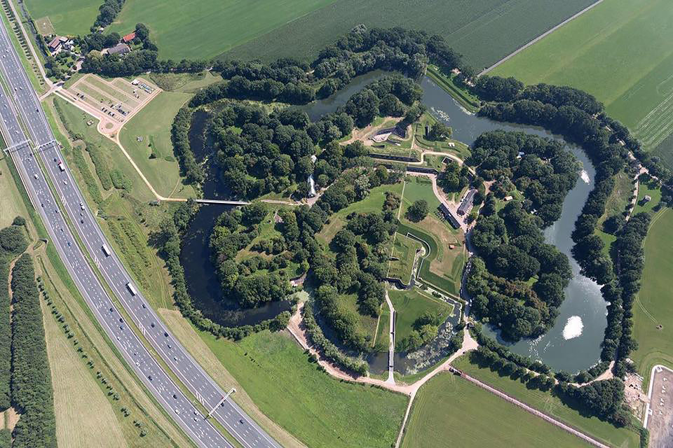 New Hollandic Waterline