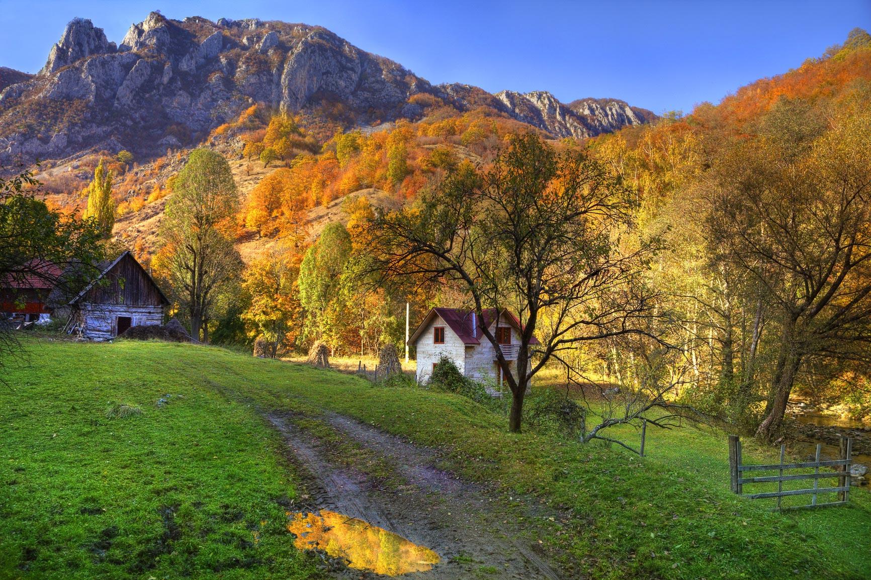 Romanian village in autumn