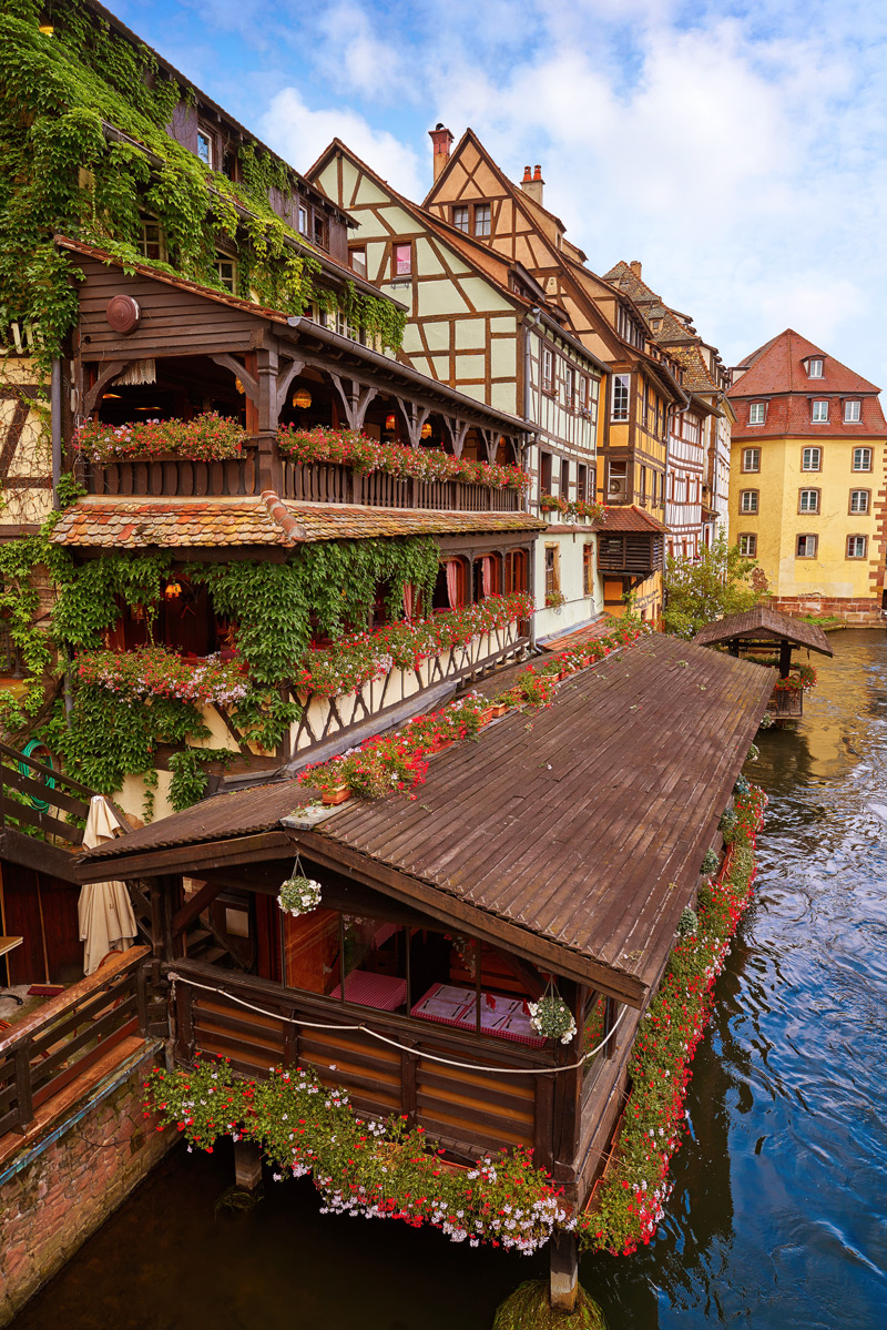 Medieval architecture in Europe