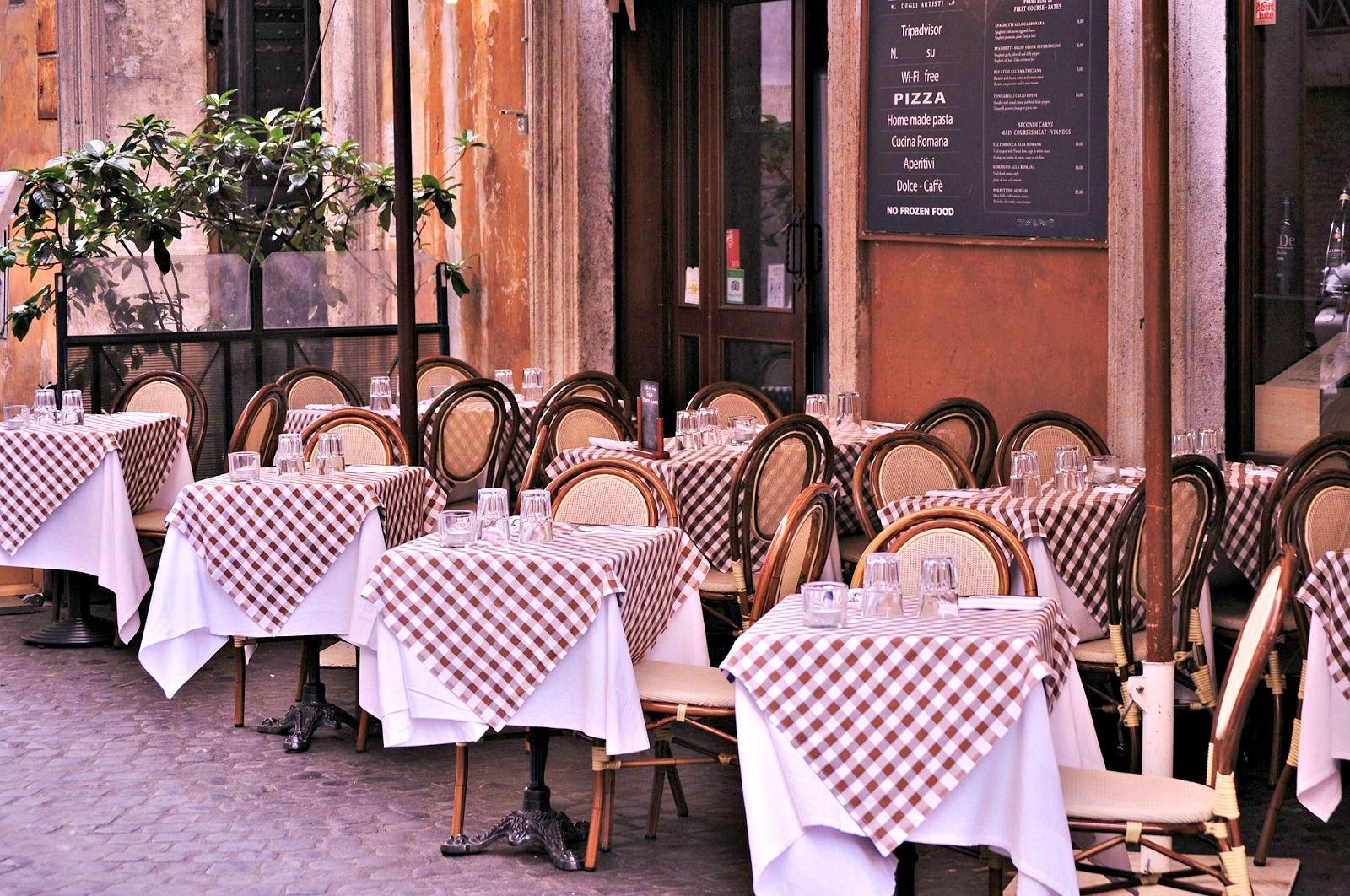 Paris cafe culture