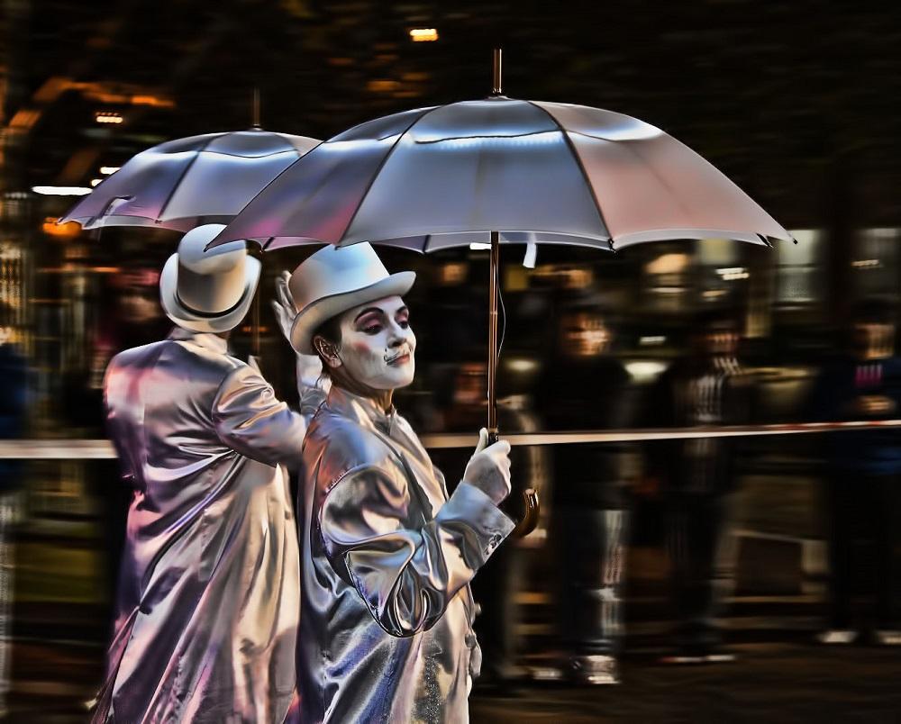Sydney street performers