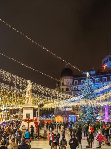 Christmas market in Piata Constitutiei