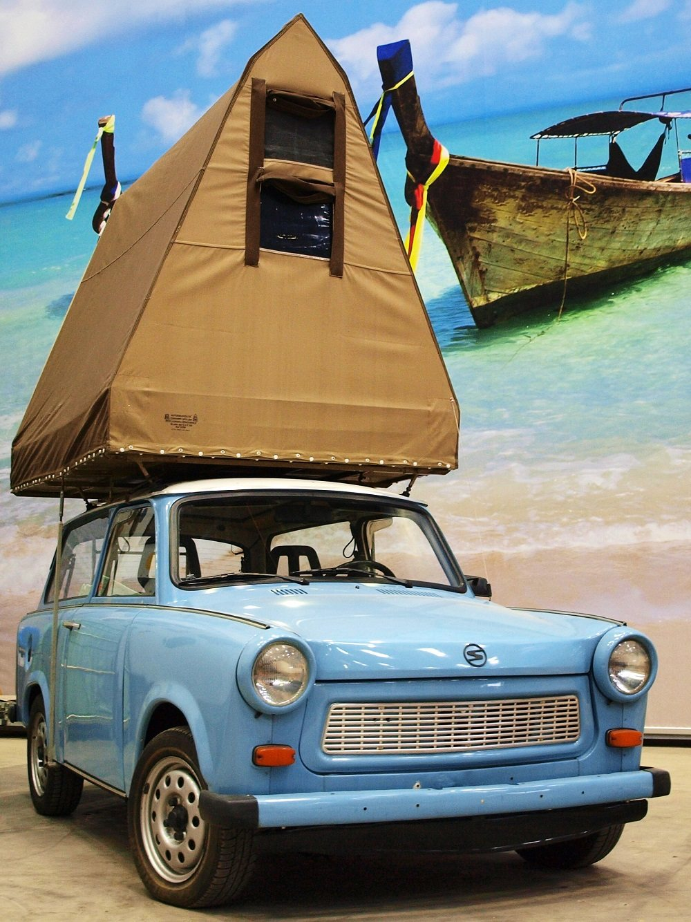 Tent on a Trabant