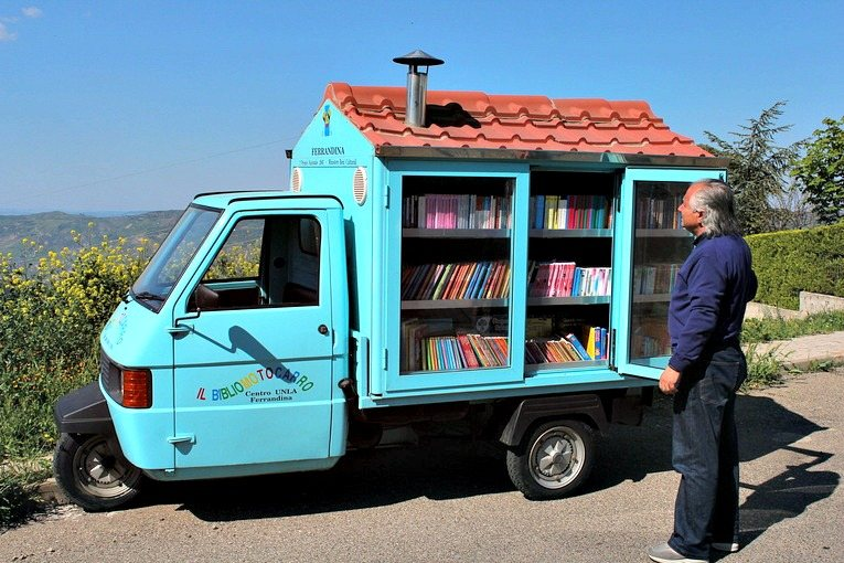Mobile Library in Italy