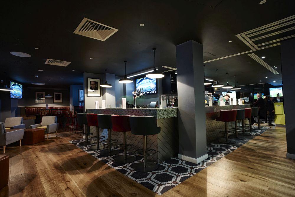 Hotel Football Bar