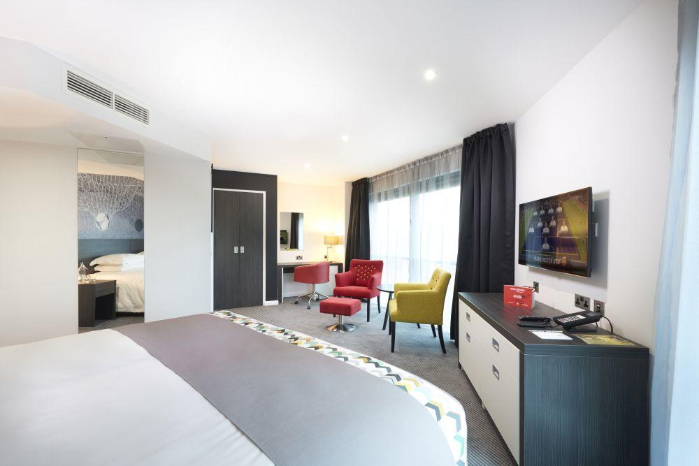 Room at Hotel Football
