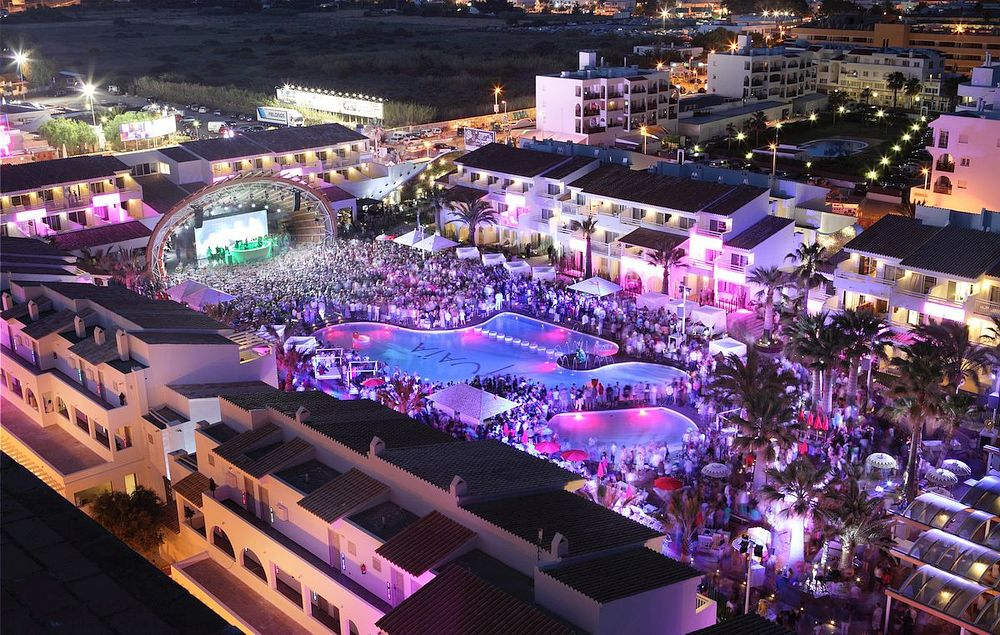 Party Hotel in Ibiza