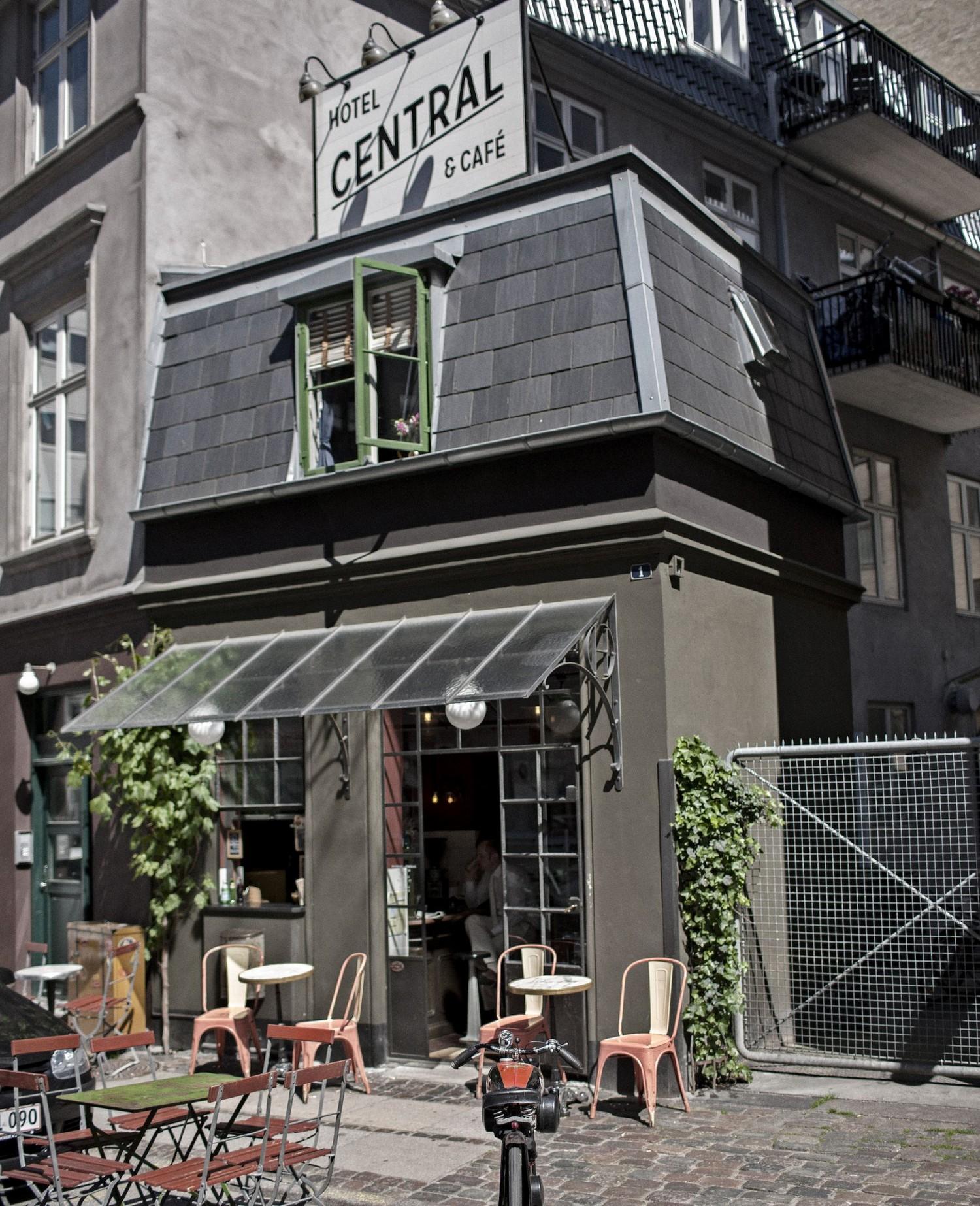 World s smallest hotel awaits you in copenhagen travel away for Boutique hotel kopenhagen