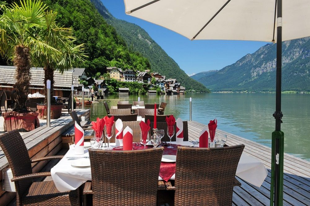 Hallstatt lakeside restaurant