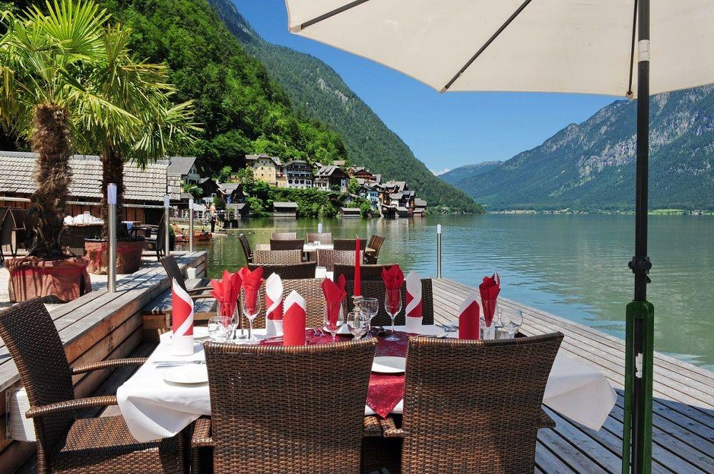 Hallstatt lakeside restaurant