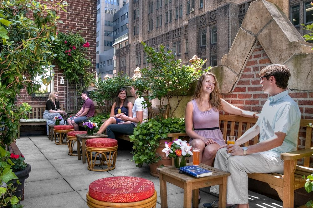 Rooftop Garden Lounge in NYC