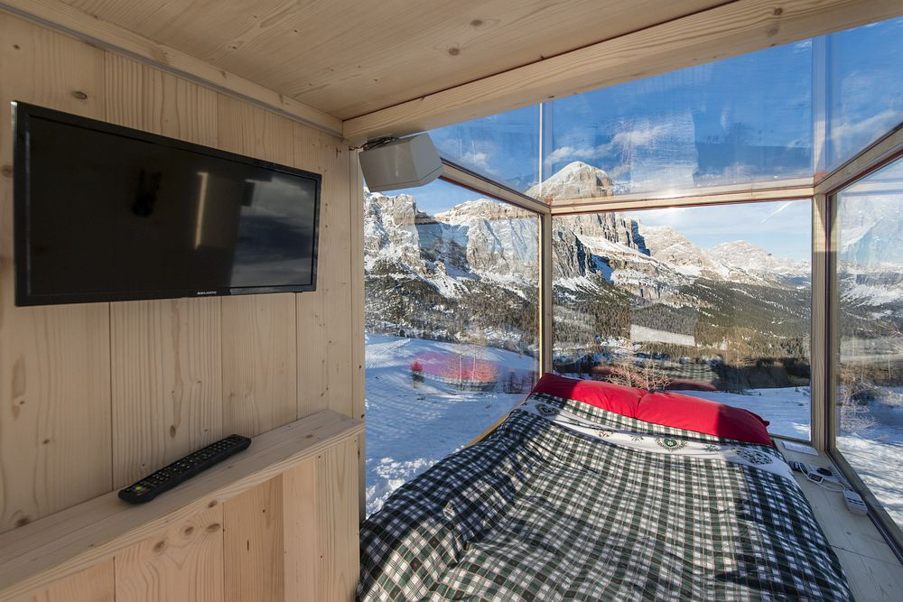 Cabin with TV