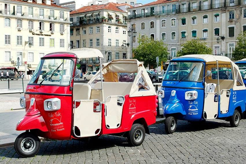 Tuk Tuk Taxis in Lisbon