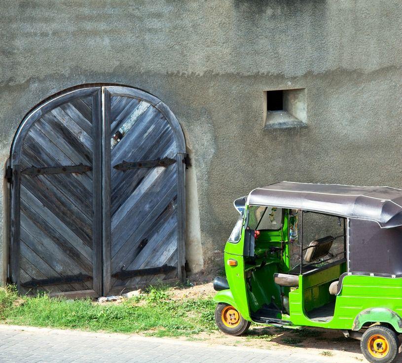 Sri Lanka Taxi