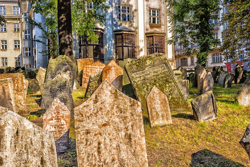 Old Jewish Cemetery, Josefov