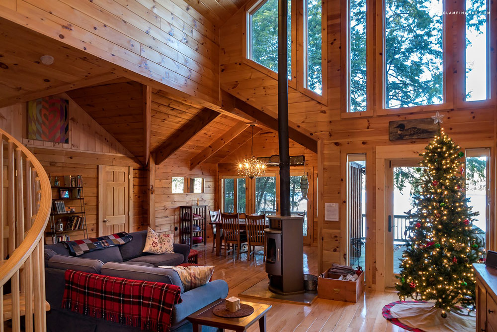 Rustic cabin in New York