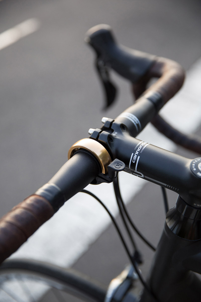 30 Cool Bike Gadgets and Accessories for Cycling in Style