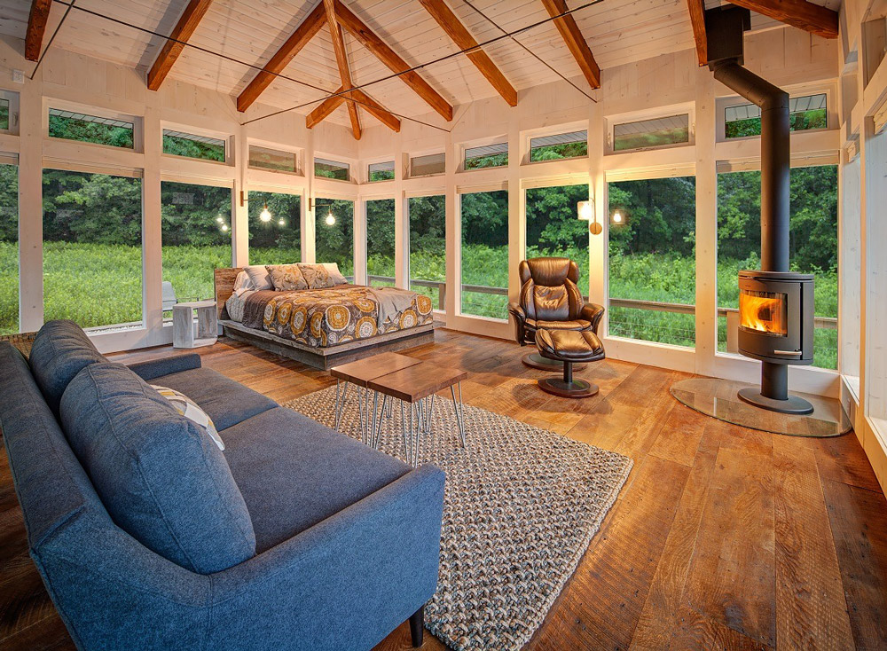 Glass cabin in Wisconsin