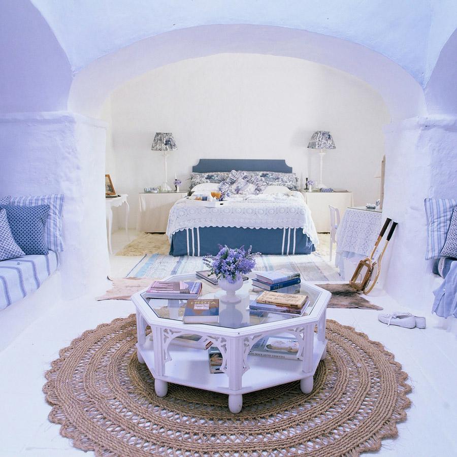 Rustic Andalusian decor