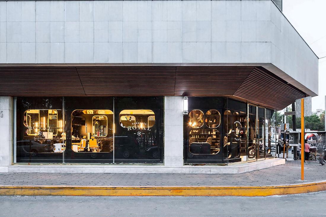 Corner building in Mexico City