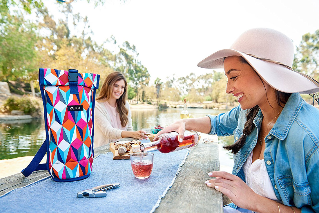Freezable wine bag