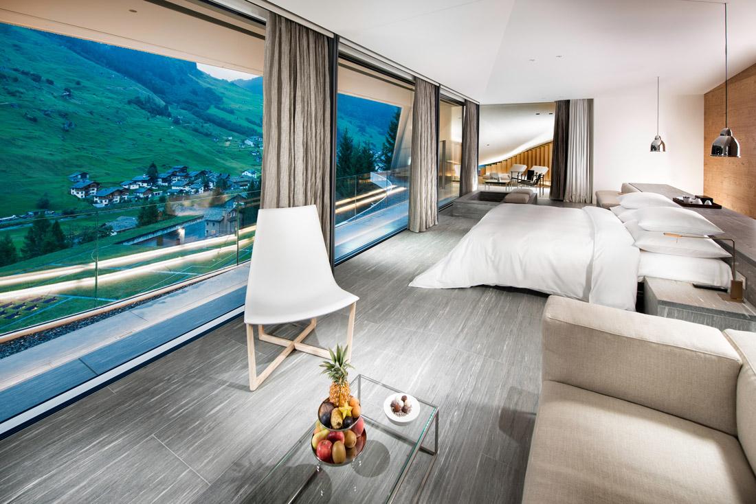 Penthouse designed by Kengo Kuma