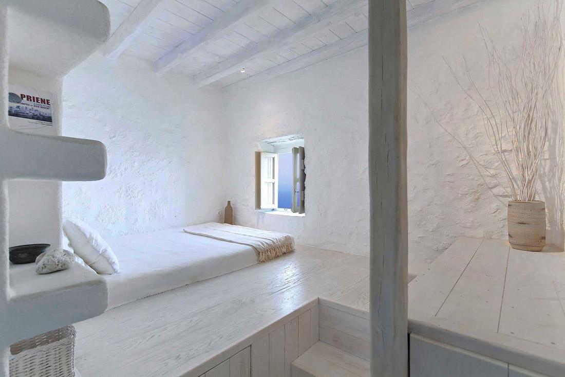 Beautiful room with sea views