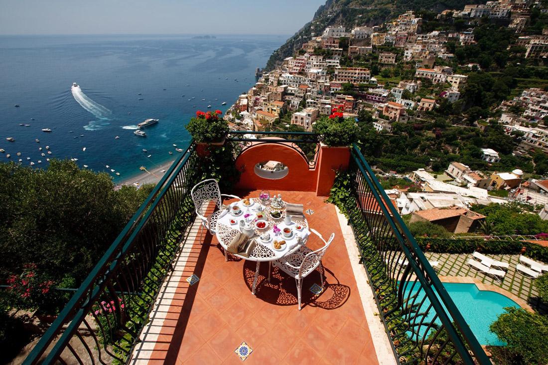 Rooftop terrace in Positano