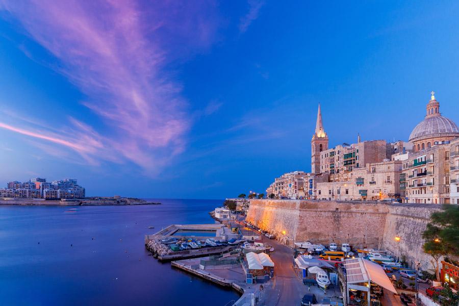 Blue hour in Valletta