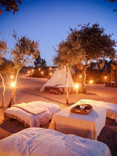 Outdoor sleeping accommodation