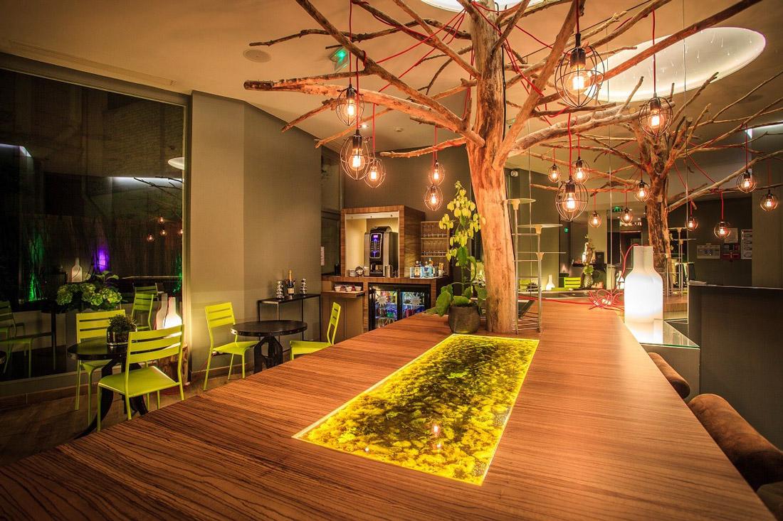 Foyer with honesty bar