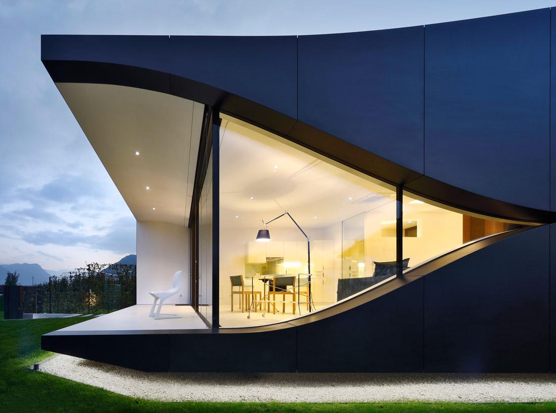 Mirror house near Bolzano