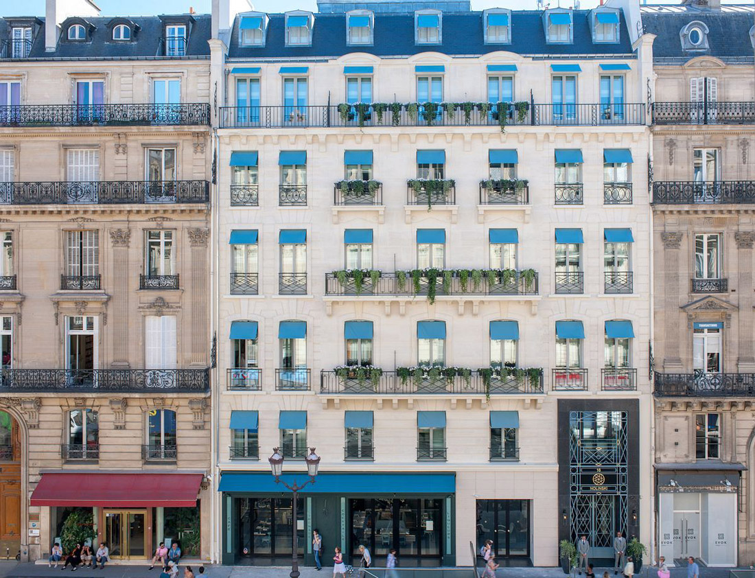 Haussmann building in Paris