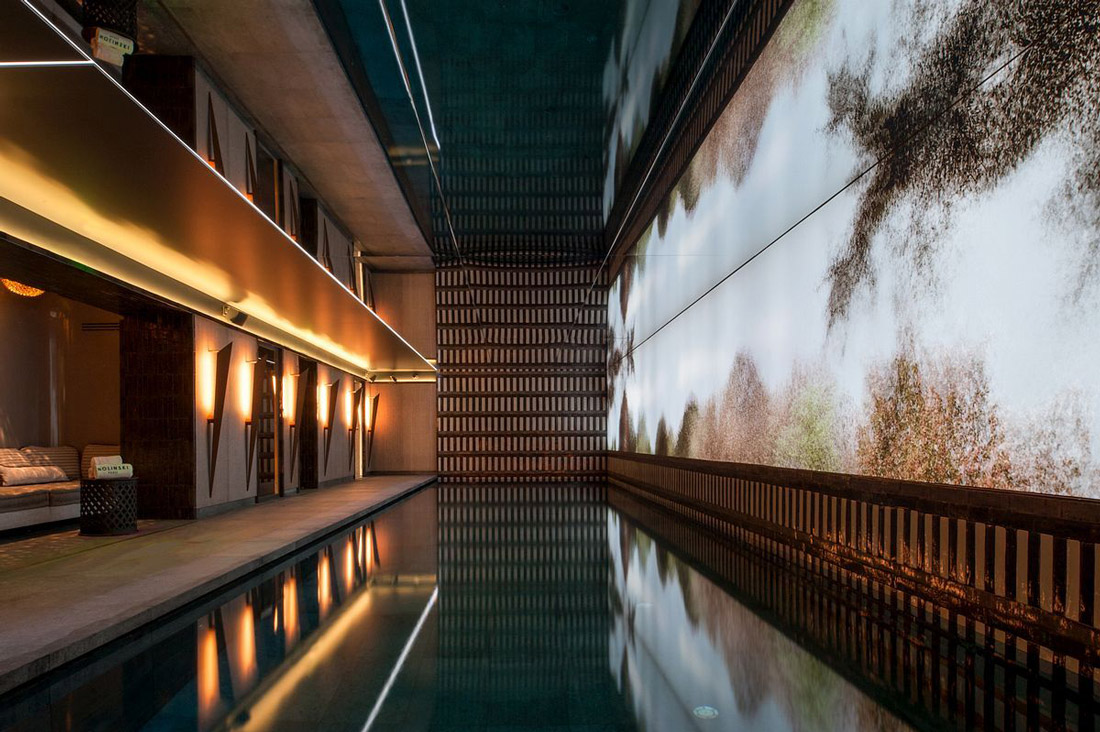 Underground spa in Paris