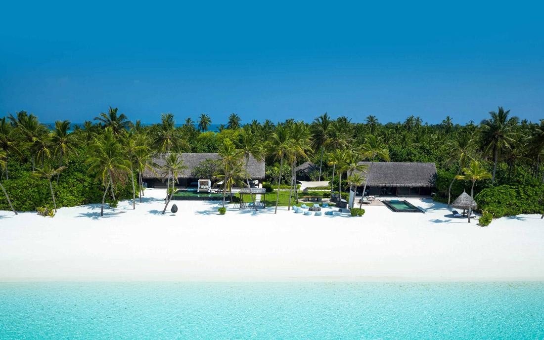 White sand beach in the Maldive