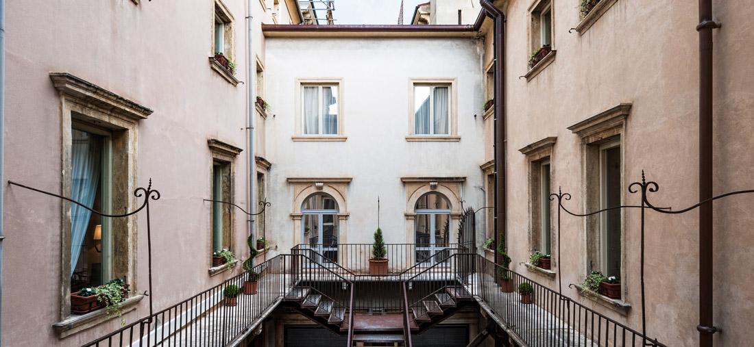 Courtyard in Verona