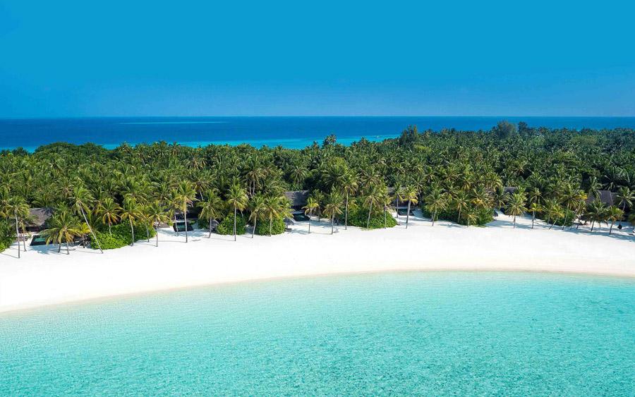 Island in the North Malé Atoll