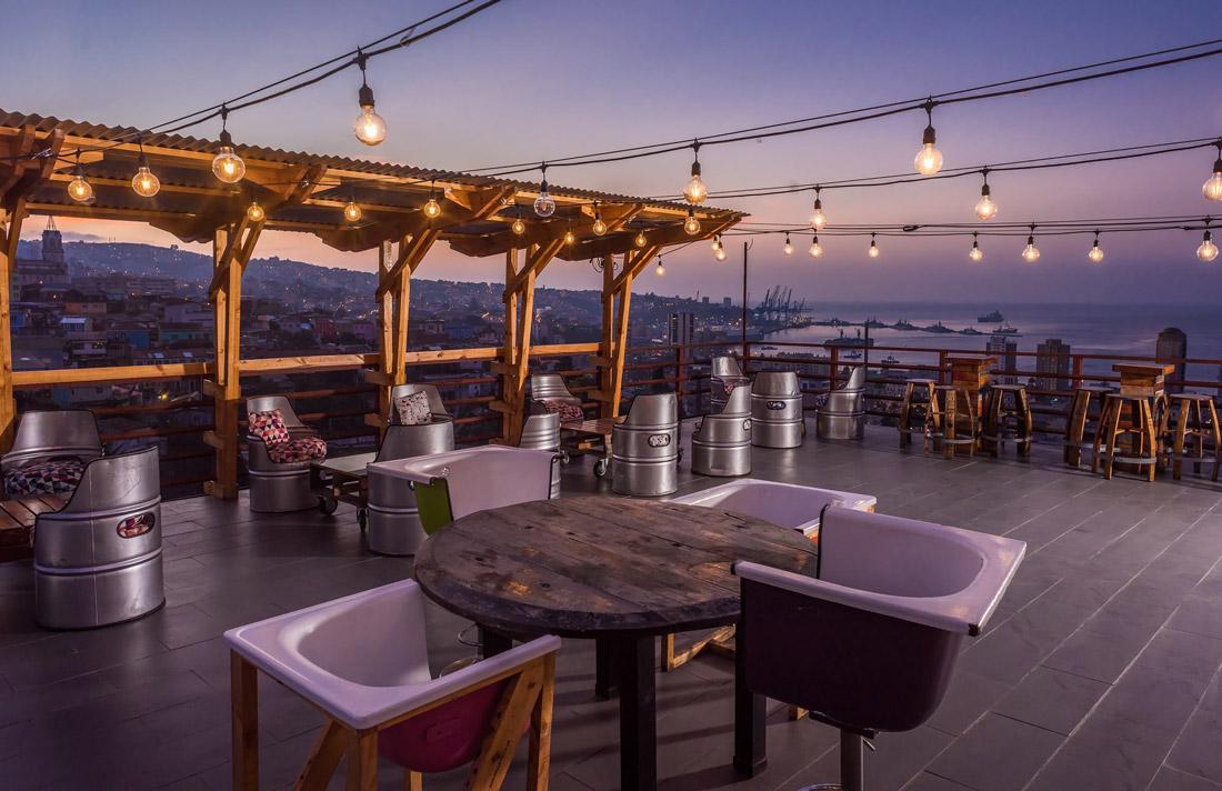 Wine-themed hotel in Valparaiso