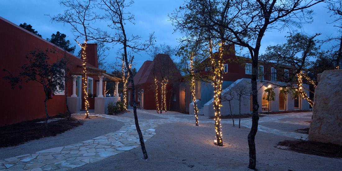 Luz Houses