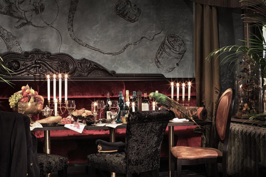 Dining at Stora Hotellet