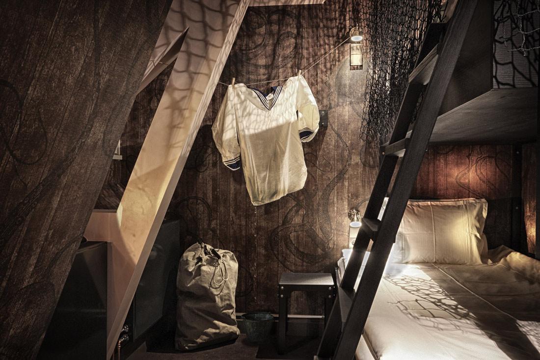 Seaman's cabin room