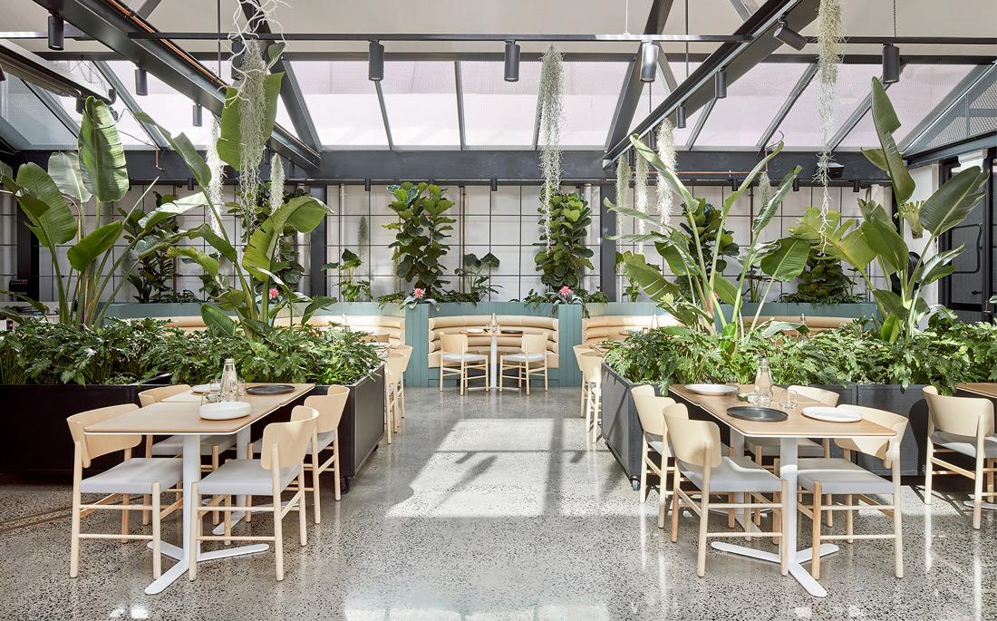 Melbourne's largest café