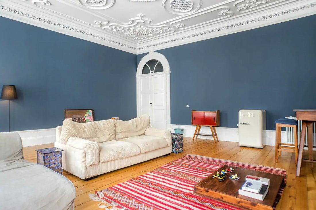 Airbnb in central Oporto