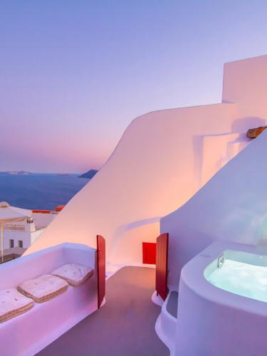 Best AirBnb option in Santorini