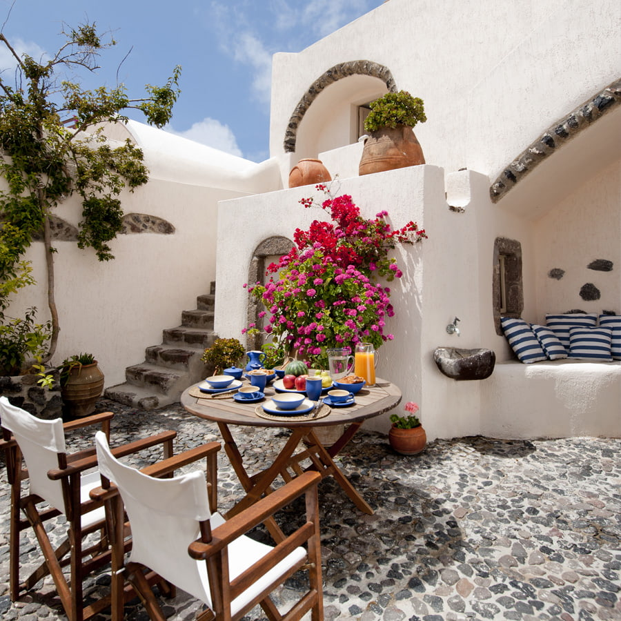 Courtyard with cobblestone floor
