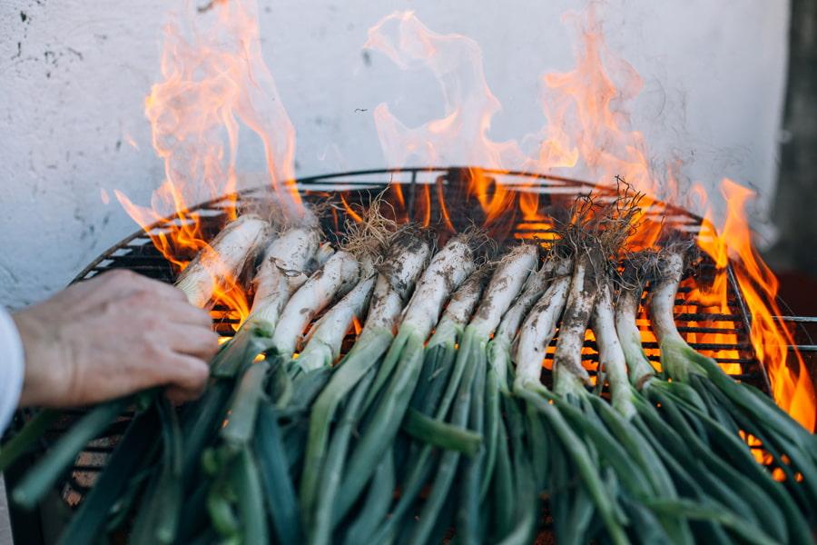 Barbecued calçots