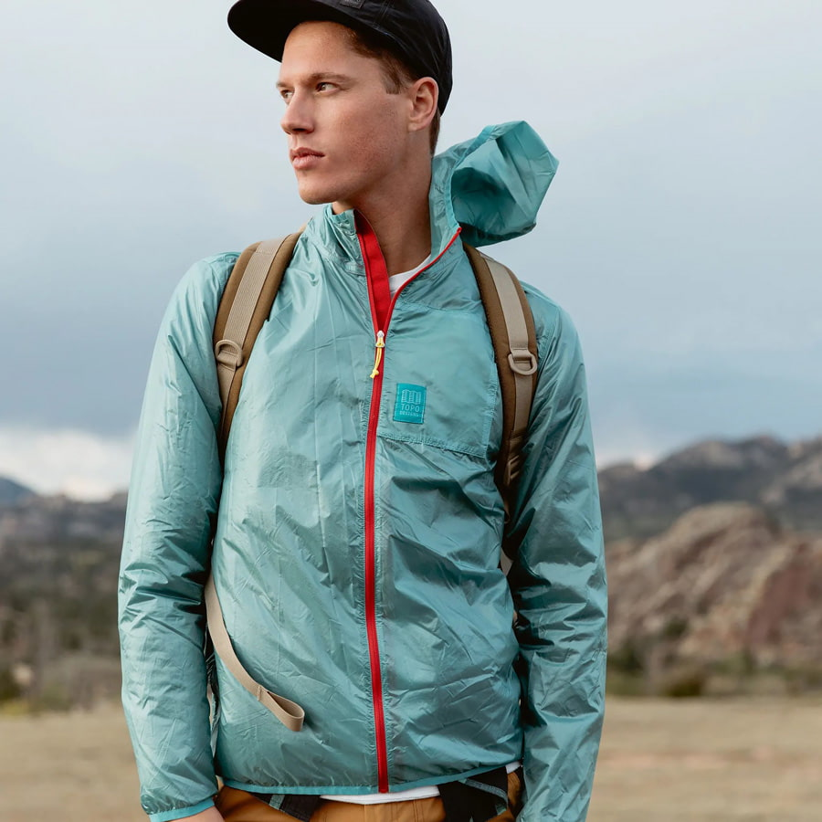 Packable ultralight jacket for hiking