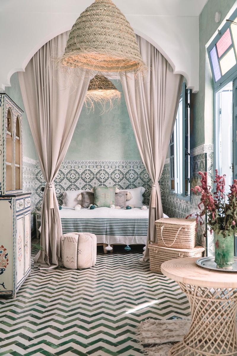 Moroccan bedroom design