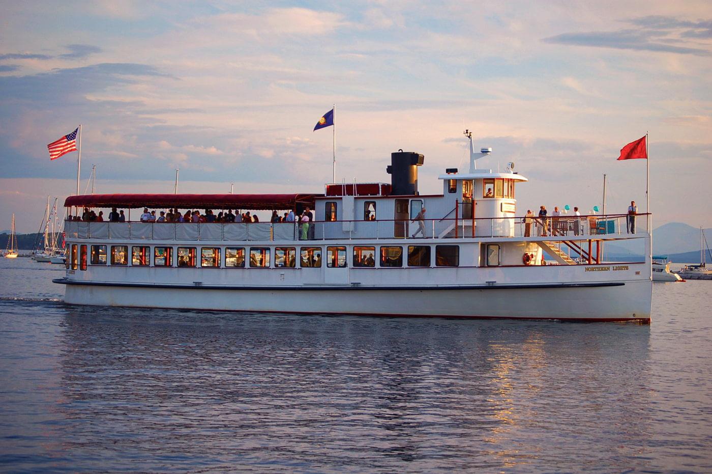 Boston Holiday Cruise