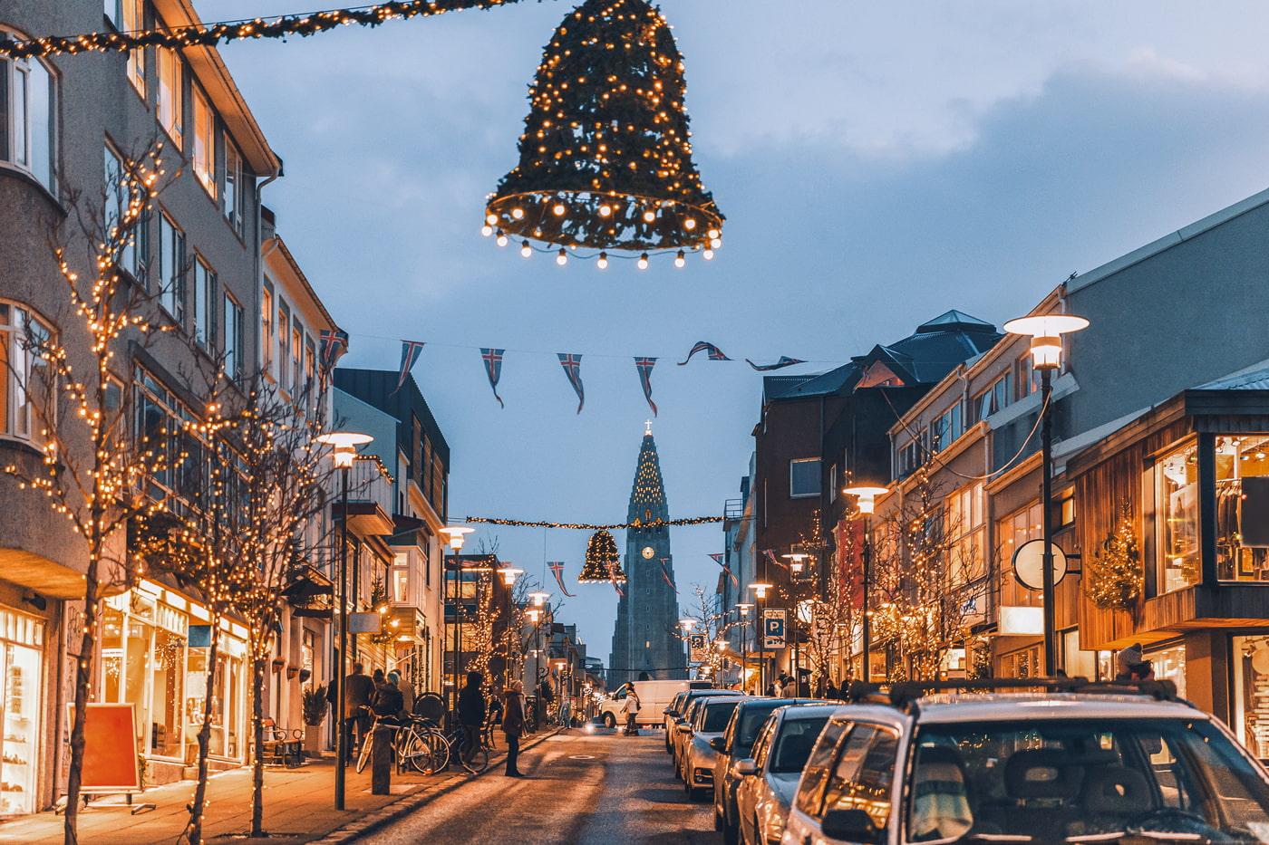 Busy street in Reykjavik